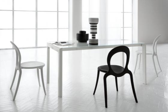 Soluzioni per l 39 arredamento tavoli allungabili dermobil for Soluzioni d arredo per tv